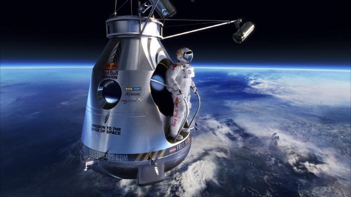 크기변환_Red-Bull-Stratos
