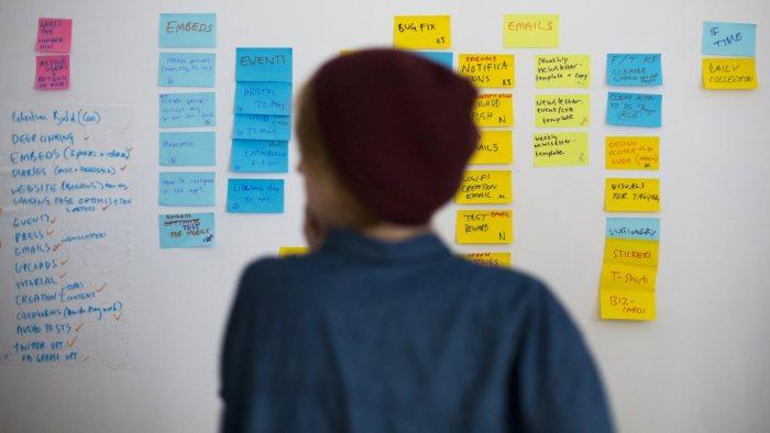 전통적인 마케팅보다 더 많은 게 들어간다. (It takes more than traditional marketing.) (Reuters/Thomas Peter)