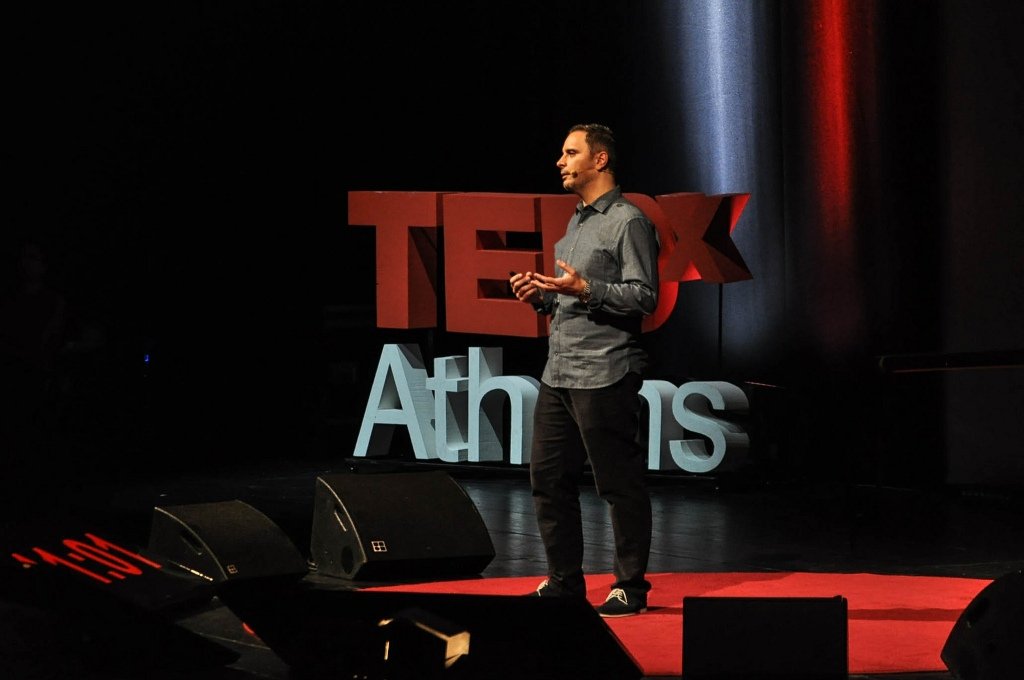 ※ 이미지 출처 : http://blog.tedxathens.com/tedxathens-2012-talks-%E2%80%93-steve-vranakis/