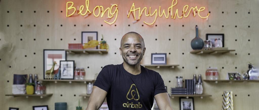이미지 출처 : Campaign http://www.campaignlive.co.uk/article/airbnbs-jonathan-mildenhall-man-redefining-all-inclusive-travel/1400526#
