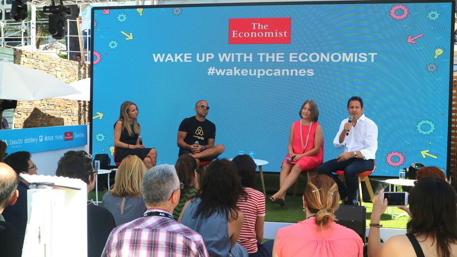 매일 호화롭게 CMO들이 등단했던 Wake up with the Economist 세션